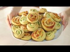 GIRELLE ALLE ZUCCHINE Ricetta Facile Senza Burro e Senza Uova - Zucchini Swirls…