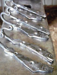 Fish Hook, Pair