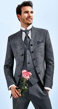 Königliche Hochzeitsanzüge lieben im Kollektionssegment TZIACCO Royal im Trend                                                                                                                                                                                 Mehr