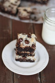 Wow, protein and desert at the same time? yum! Not sure about the coffee grinds though!Black Bean Brownies with shredded coconut