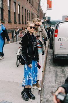 new york fashion week Fashion Weeks, Fashion 101, Autumn Fashion, Fashion Outfits, Fashion Trends, Womens Fashion, Fashion Styles, Retro Fashion, Vintage Fashion