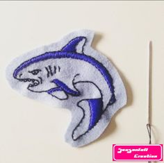 Le chouchou de ma boutique https://www.etsy.com/fr/listing/485956440/patch-requin #shark #sharks #sharktooth #sharktattoo #sharkattack #greatwhite #classicflash #tattooflash #tattoo #tattoos #tatuaje #tatuagem #tatuaggio #oldschooltattoo #traditionaltattoo #traditionaltattooflash #blue #bordeaux #handembroidery #embroidery #etsyseller #broderie #wildlife