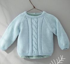 We love this pretty bra twisted! Knitted in PARTNER BABY yarn blue horizon, you can also choose a sweater if you prefer! Baby Skirt, Baby Dress, Brei Baby, Slip Stitch Knitting, Tricot Baby, Pull Bebe, Pretty Bras, Baby Pullover, Knit Basket