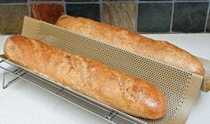 Make delicious Sprouted Whole Wheat French bread at home. Create a crisp, pleasantly chewy crust with a soft interior using these key recipe tips. Yeast Bread Recipes, Bread Machine Recipes, Flour Recipes, Thm Recipes, Recipies, Sprouted Bread Recipe, Sprouted Wheat Bread, Grain Free Bread, Whole Grain Bread