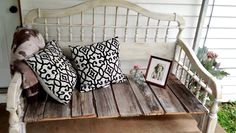 DIY Upcycled & Rustic Bedhead Bench Convert headboard in attic to a bench?
