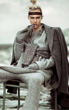 i'm loving the knitted pants - Vogue Japão Janeiro 2015 | Aymeline Valade por Boo George [Editorial]
