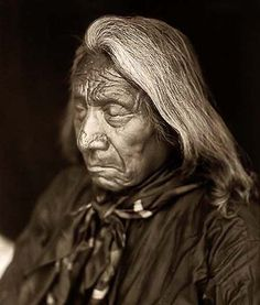 There is nothing more captivating & heartwrenching than the history of Native Americans... Photograph of Chief Red Cloud [1822 - 1909]
