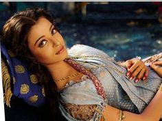 mychoice: aishwarya rai wedding saree