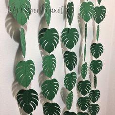 My Paper Planet Safari Theme Party, Safari Birthday Party, Jungle Party, Birthday Party Decorations, Party Themes, 2nd Birthday, Party Ideas, Leaf Garland, Tropical Party