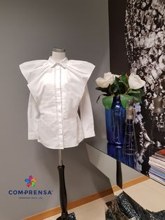 Sublime blouse in soft cotton with frills made at COM-PRENSA!!