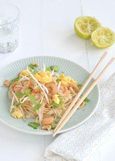 Green Papaya Pad Thai Recipe — Dishmaps
