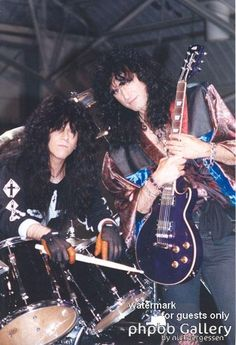 eric carr and bruce kulick