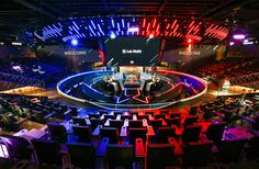 Riot Games' new esports arena, LoL Park, is an extravagant new stadium located in Jongno-gu, centrally located in Seoul, South Korea. Champions League Of Legends, Lol Champions, Riot Lol, Stage Set Design, Riot Games, K Pop Star, Exhibition Display, Adventure Tours, Esports