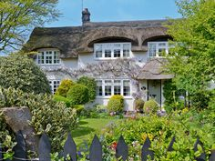 This charming 'chocolate box' thatched cottage is situated in the heart of the coastal village of Winterton-on-Sea.