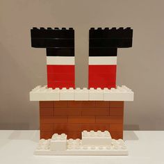 Lego Christmas Ornaments, A Christmas Story, Kids Christmas, Christmas Crafts, Lego Activities, Christmas Activities, Casa Lego, Lego Challenge, Lego Club