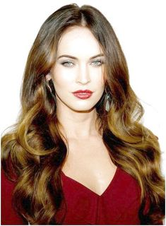 Beautiful, Long, Romantic, Wavy Like what you see? clic… - All For Hair Color Trending Shades Of Brunette, Short Brunette Hair, Brunette Color, Hair Shades, Hair Color Dark, Brown Hair Colors, Cool Hair Color, Dark Hair, Hairstyles For Round Faces