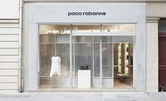 More toolbox than jewel box, the first Paco Rabanne store in over a decade opened on Paris' Rue Cambon in late January 2016, marking an exciting milestone in creative director Julien Dossena's reign at the French house. It's only natural that pragmatis...