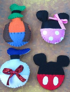 Hey, I found this really awesome Etsy listing at https://www.etsy.com/listing/210888266/handmade-set-of-4-felt-mickey-mouse