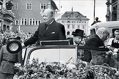 """Winston Churchill in Zürich, 1946, aus dem Buch """"Winston Churchill und die Schweiz"""". Erschienen im Verlag NZZ Libro, Mai 2015. (Bild André Melchior)"""