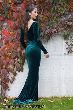 Laura Byrnes California Beatrix Gown in Emerald Green Velvet Evening Dresses, Prom Dresses, Wedding Dresses, Winter Dresses, Long Dresses, Formal Dresses, Velvet Bridesmaid Dresses, Bridesmaids, Velvet Dresses