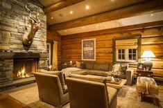 UGLA - Noen ganger går drømmer i oppfyllelse. Real Estate, Cabin, Home Decor, Tips, Decoration Home, Room Decor, Real Estates, Cabins, Cottage