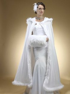 stylish-and-cozy-coats-and-wraps-for-winter-brides-10