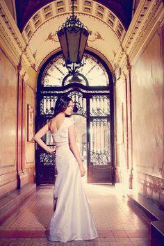 esküvői ruha aszimmetrikus