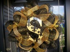 Saints mesh wreath