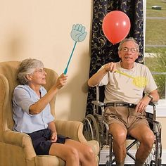 Add fun and a giggle to a favourite activity with these light, hand-shaped balloon swatters which make a great chair exercise activity for people with memory loss and confusion! Our Balloon Fly Swat Activity is fast becoming one of our most popular dementia activities.