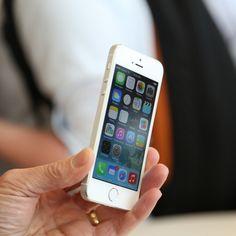 #Apple Reveals #iPhone #5S #cubik #quebec