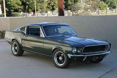 Steve McQueen Bullitt Mustang