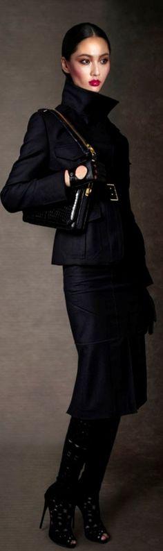 Not Basic! Black Fashion Trends TOM FORD