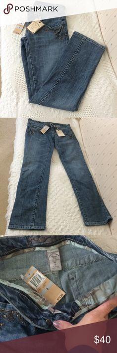 American Rag NWOT Genuine Authentic American Rag. Brand New with original tag. American Rag Pants