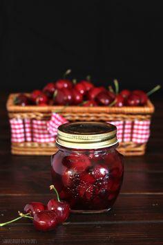 Al fin he dado con la mejor receta de cerezas en almíbar. He probado muchas recetas, y nunca llegaron…