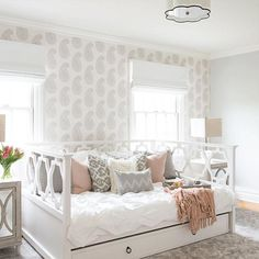 cozy teen girl bedroom design trends for 2019 00014 Salle Pastelle, Pastel Room, Daybed With Trundle, Full Size Daybed, White Daybed, Small Daybed, Girl Bedroom Designs, Luxury Bedroom Design, Teen Girl Bedrooms