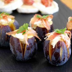 Figs with Goats Cheese - New Years Eve Party Food Ideas | happyfoodstube.com