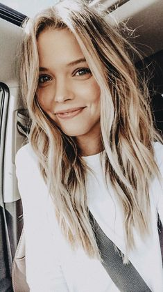 6 Special Spring Hair Color For Blonde Hair : Take A Look! The post 6 Special Spring Hair Color For Blonde Hair : Take A Look! appeared first on Frisuren Tips. Spring Hairstyles, Cool Hairstyles, Long Blonde Hairstyles, Toddler Hairstyles, Wedding Hairstyles, Hair Inspo, Hair Inspiration, Selfie Foto, Blonde Waves