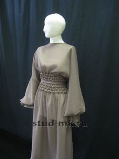 Fashion 101, Fashion Details, Fashion Studio, Canadian Smocking, Temple Dress, Smocking Patterns, Vintage Couture, Fabric Manipulation, Indian Designer Wear