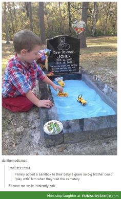 So sad but so beautiful how the baby's big brother plays in the sandbox to play with him I'm really crying! Why is life so sad at times? Sad Love Stories, Touching Stories, Sweet Stories, Cute Stories, Beautiful Stories, Beautiful Things, Human Kindness, Faith In Humanity Restored, Make You Cry
