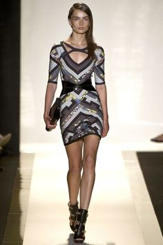 See the complete Hervé Léger by Max Azria Spring 2013 Ready-to-Wear collection.