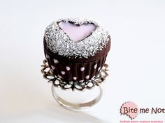 Polka dot heart cupcake ringFoodie giftShabby by BiteMeNot on Etsy, €17.00
