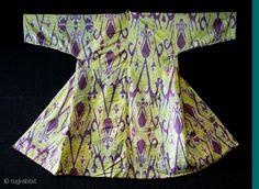 Tadjik silk ikat chapan, late c. Kaftan, Ikat Pattern, Textiles, Central Asia, Dress Form, Ethnic Fashion, Historical Clothing, Vintage Fashion, Short Sleeve Dresses