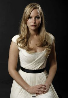 http://notagrouch.com/wp-content/gallery/jennifer-lawrence/jennifer_lawrence-025.jpg