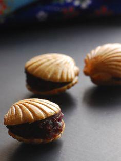 貝合わせ最中 red bean paste in waffle scallops