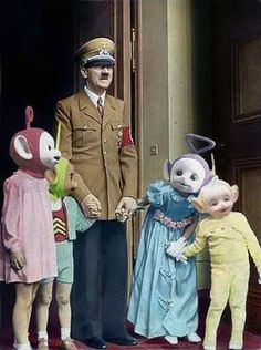 hitler with teletubbies Rat Queens, Creepy, Scary, Hetalia Funny, Dark Memes, Meme Lord, History Memes, Cursed Images, Funny Photos