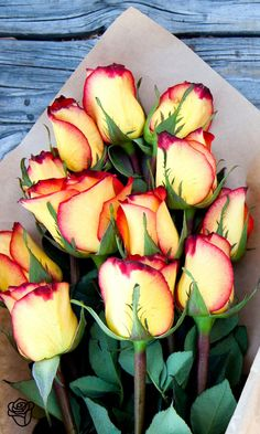 Fortify' your love with these yellow and red roses. It's never a bad time to strengthen your love.