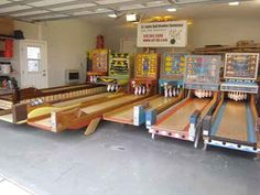 Ball Bowlers For Sale Arcade Game Machines, Arcade Machine, Vending Machines, Retro Arcade Games, Arcade Room, Skee Ball, Penny Arcade, Vintage Board Games, Game Room Design