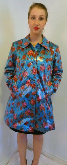 Auth Betsey Johnson Floral Rare Raincoat Womens Jacket Coat Size L So Fab!