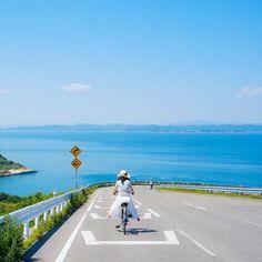 島旅の季節がやっきたー😍 とても、とても、素敵な豊島のフォトジェニックロード♪ 豊島美術館近くの坂道で、のどなか棚田と綺麗な瀬戸内海が広がる最高の島景色です。 ぜひ、サイクリングを楽しんでください😃 #cityspride #島旅 #フォトジェニック #絶景 Beautiful Landscape Wallpaper, Beautiful Paintings, Beautiful Landscapes, Aesthetic Japan, Japanese Aesthetic, Japanese Landscape, Street Photo, Adventure Is Out There, Pictures To Draw