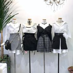 Korean Outfits Ideas photo credits to fb 💞 Stage Outfits, Teen Fashion Outfits, Kpop Outfits, Edgy Outfits, Korean Outfits, Mode Outfits, Grunge Outfits, Cute Fashion, Asian Fashion